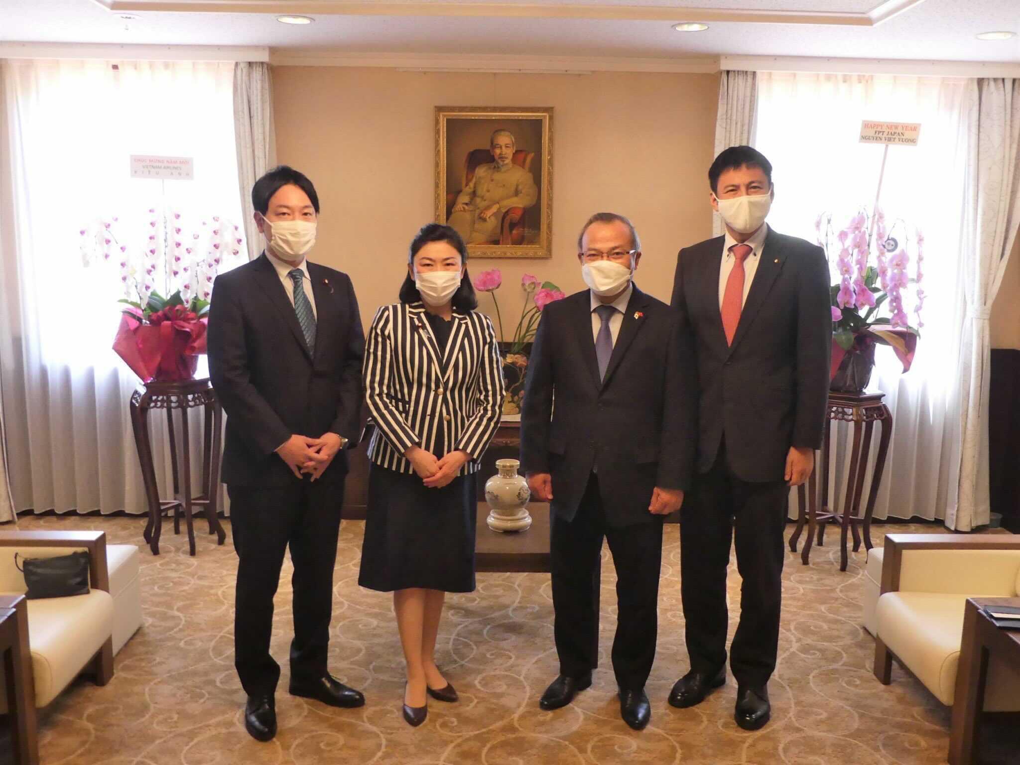 ベトナム大使館を訪問 - たけい俊輔(タケイシュンスケ) | 選挙ドットコム